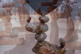 Quand la pierre défie la gravité…