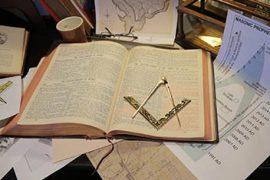 Les Francs-Maçons – Les alchimistes – Prieuré de Sion sur RMC Découverte